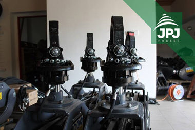 Rotatory hydrauliczne Baltrotors i chwytaki FARMA